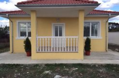 One-storey house in Bulgaria-village Trastikovo