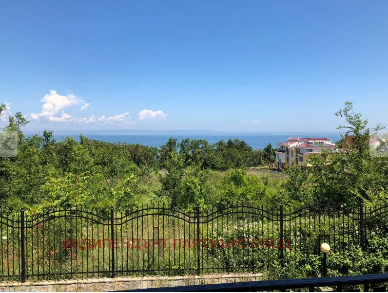 Furnished 2-room apartment in Bulgaria-Sozopol – With sea view