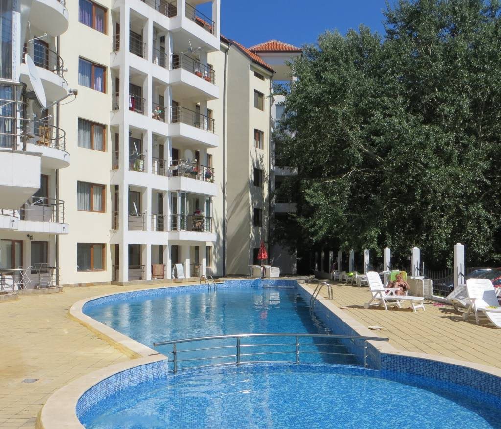 1 Room Furnished Apartment in Bulgaria – Sunny Beach