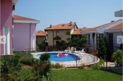 Two-story furnished house in Kosharitsa village. 5 km from the sea