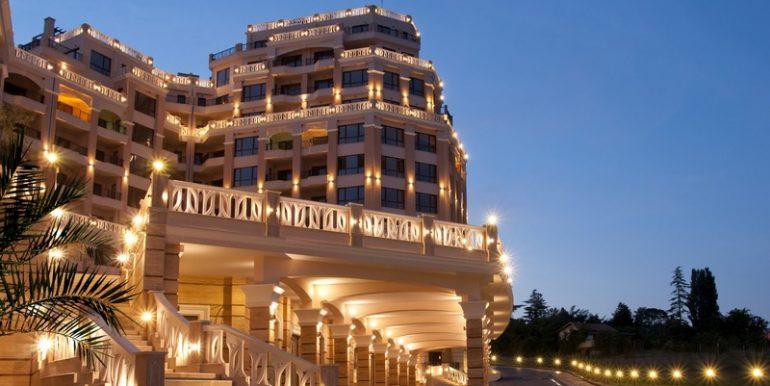 2 Room Apartment in Bulgaria - Kabakum komplex near Varna - Directly on the Sea