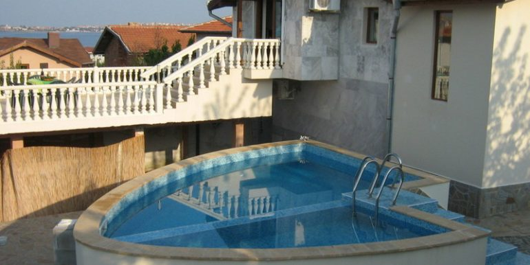 The pool, Terrace and entrance to the Lounge 2010